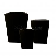 Black Cubexio Fiberglass Pot
