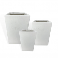 White Cubexio Fiberglass Pot